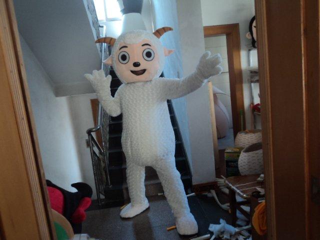 Pleasant Goat and Big Big Wolf Cartoon Cartoon Dolls Walking Cartoon Cartoon Clothing Cos Dress Mascot Costume