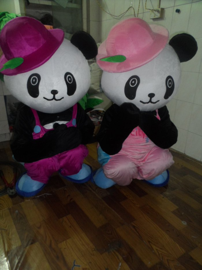 2014 Hottest Models Panda Dolls Props Cartoon Dolls Cartoon Clothing Green Hat David Mascot Costume