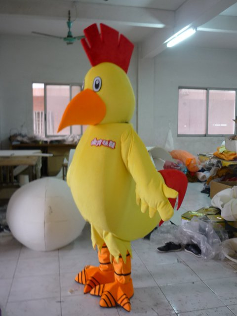 Shanghai Walking Cartoon Doll Clothing Big Yellow Chicken Chick Rooster Hen Cartoon Dolls Mascot Costume