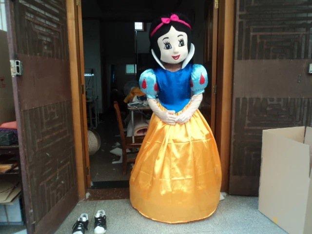 Snow White Cartoon Costumes Cartoon Doll Clothing Cartoon Show Clothing Apparel Loaded Walking Doll Mascot Costume