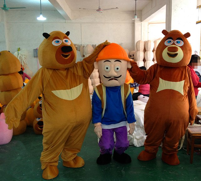 Bear Bear Bear Spotted Two Cartoon Costumes Walking Cartoon Dolls Cartoon Doll Bald Its Strong Performance Mascot Costume