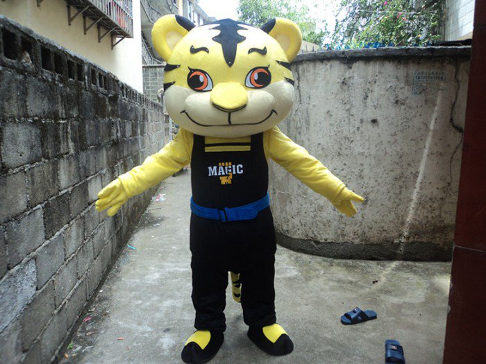 Doll Clothing Cartoon Tiger Plush Toy Dolls Walking Cartoon Doll Clothing Cartoon Show Props Mascot Costume