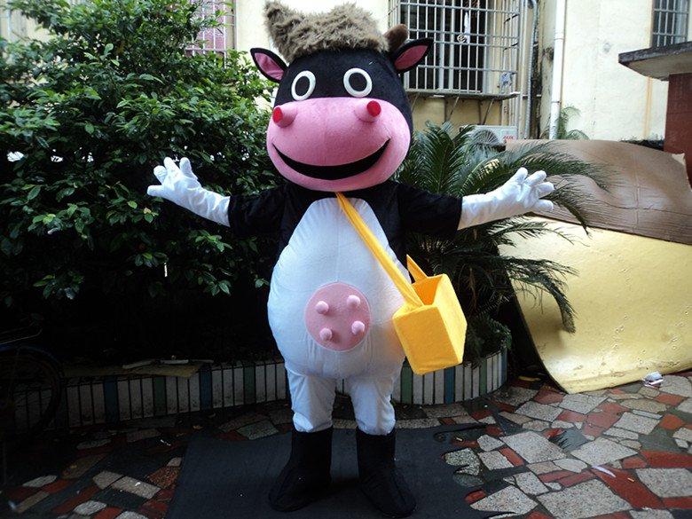 Cows Cartoon Doll Clothing Plush Dolls Walking Cartoon Doll Clothing Cartoon Doll Performances Props Cattle Mascot Costume