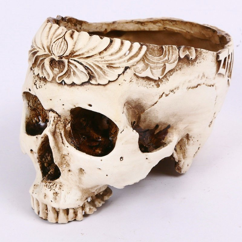 Halloween Resin Simulation Carved Head Bone Flower Pots Ashtray Hollow Skull Head Horror Tricks Creative Ornaments