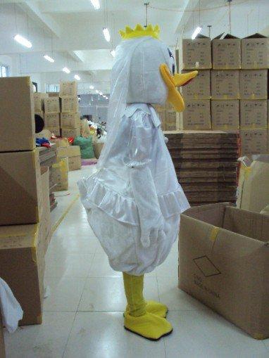 Shanghai Cartoon Doll Clothing Donald Duck Cartoon Mother Duck Walking Doll Clothing Apparel Mascot Costume