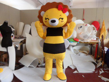 Cartoon Doll Clothing Cartoon Show Props Apparel Adult Walking Andean Couple Lions Madagascar Mascot Costume