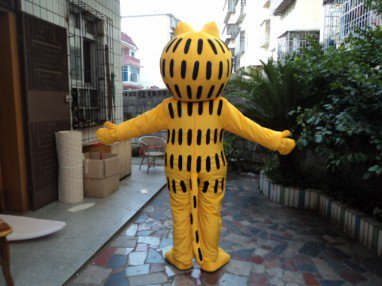 Plush Doll Cartoon Walking Doll Clothing Walking Performance Props Apparel Garfield Mascot Costume