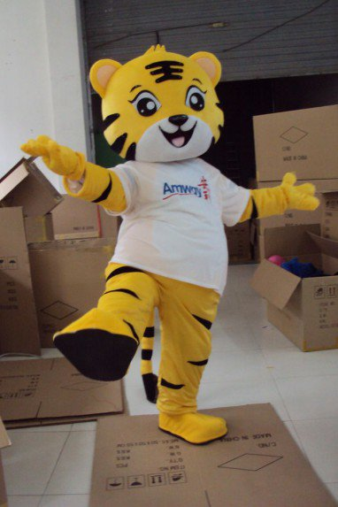 Television Cartoon Tiger Tigger Costume Anli Hu Golden Tiger Wang Gongfu Tiger Animation Clothing Mascot Costume