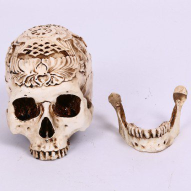 Halloween Haunted House Scene Decoration Skull Ornaments Resin Carved Head Skull Tattoo Toys Simulation Skull
