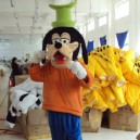 Supply Goofy Cartoon Dolls Walking Adult Cartoon Costume Props Theatrical Costume Celebration Mascot Costume